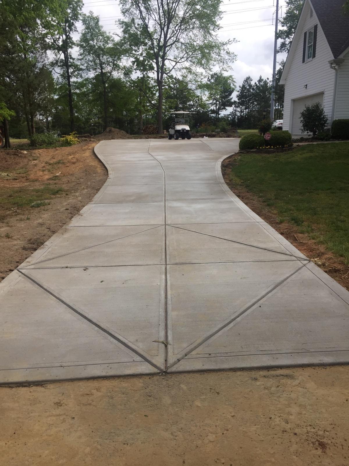 concrete-driveway-charlotte